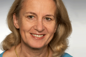 Prof. Dr. Eva Bartels (German Board Certified)